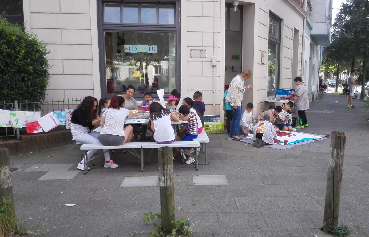 Das Mobile Atelier in den Sommerferien auf dem Liegnitzplatz
